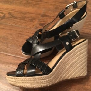 Antonio Melani black wedges!